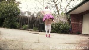 school girl up-skirt